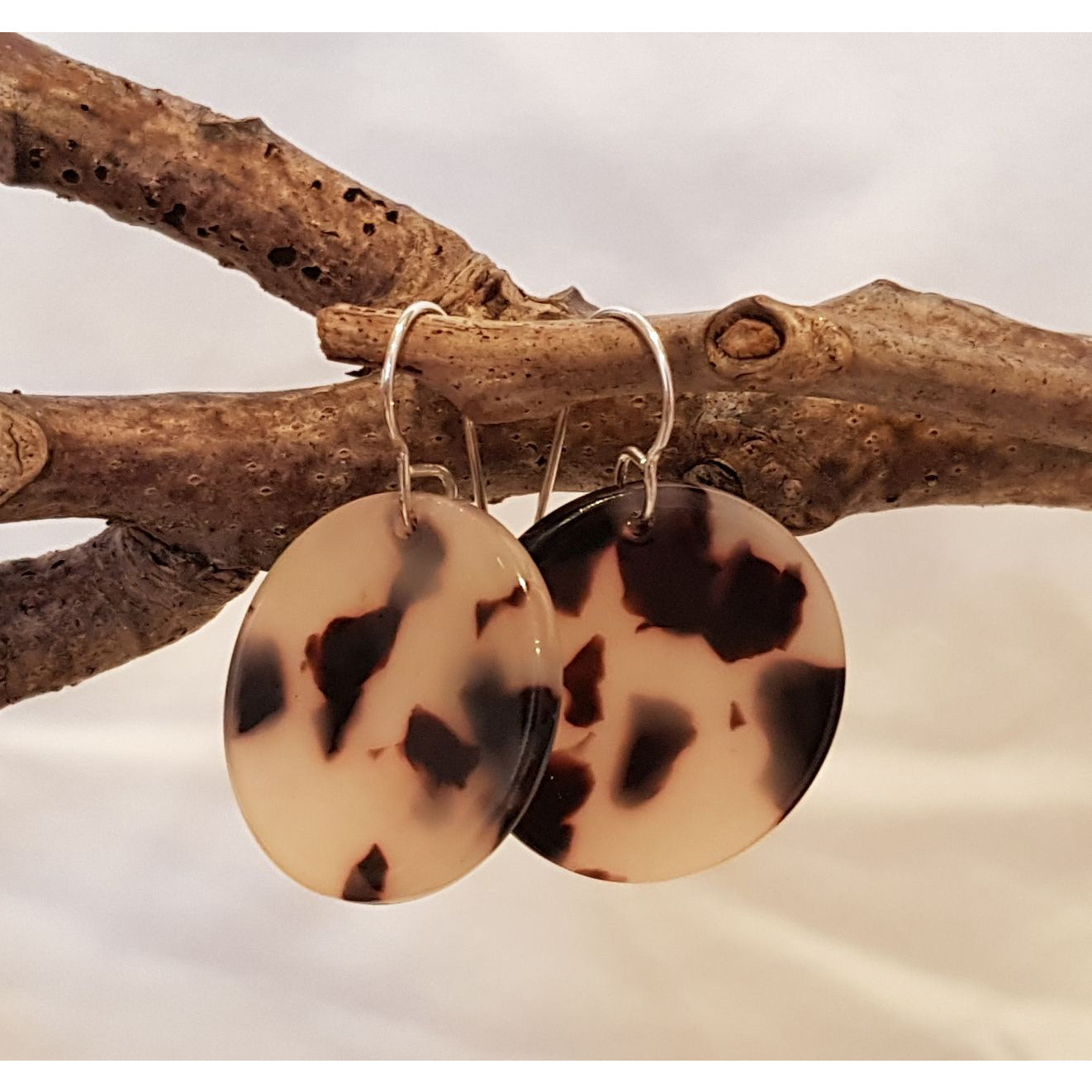 Tortoiseshell Disc Earrings