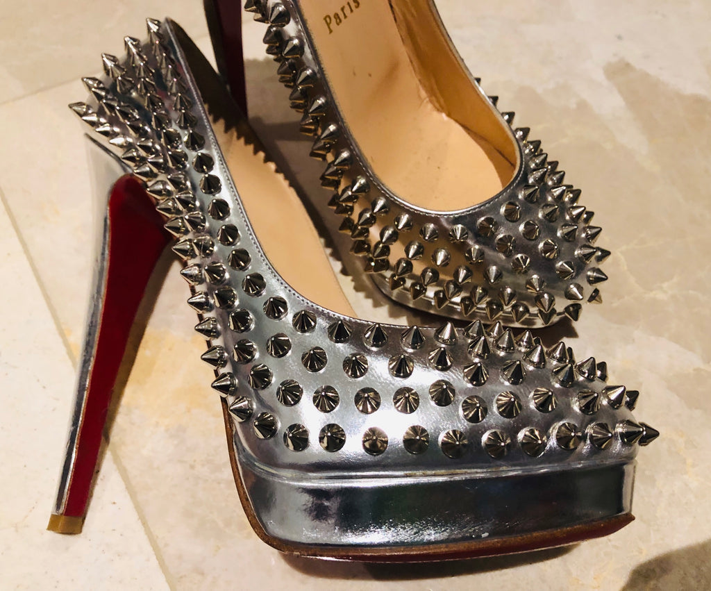 CHRISTIAN LOUBOUTIN Silver Metallic Spike Pumps Sz 38.5