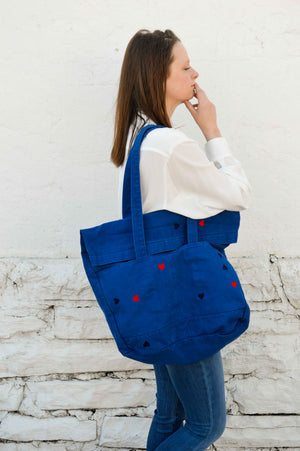 Tote (w/floating hearts)