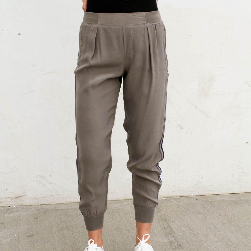 Silk Pull on Pant with Stripe