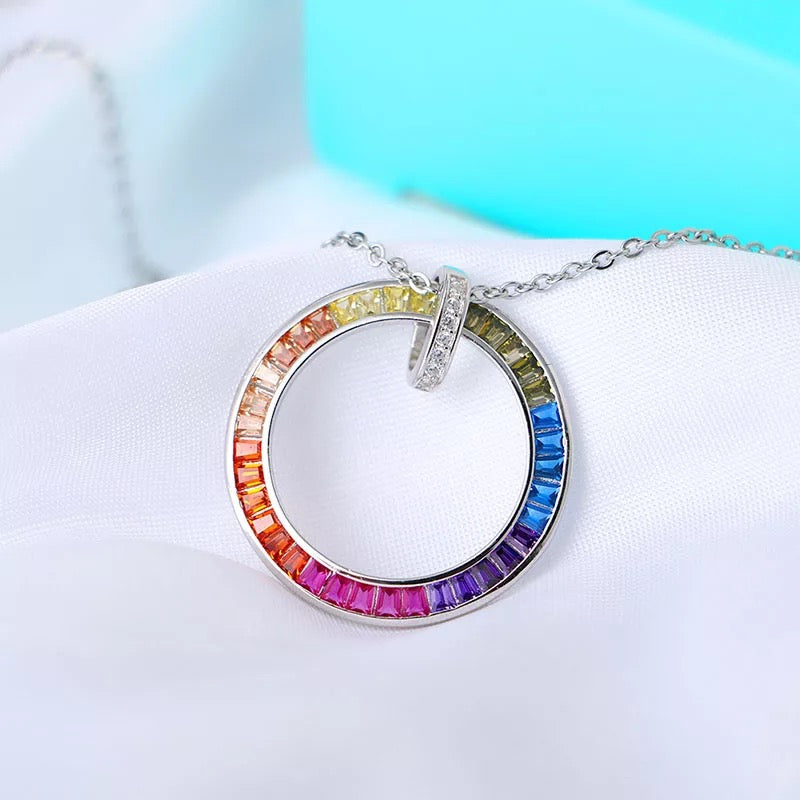 "COLLIER LGBT ""THE CIRCLE"" - Emirice.com"