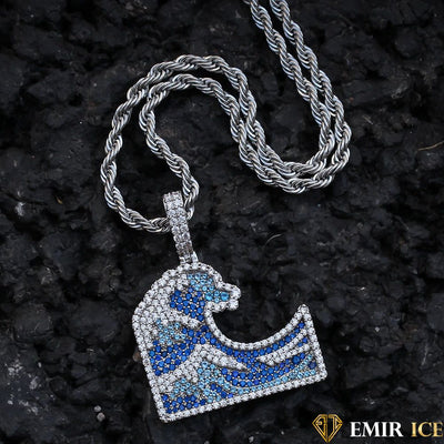 COLLIER PENDENTIF VAGUE™ : Symbole de force - Emirice.com