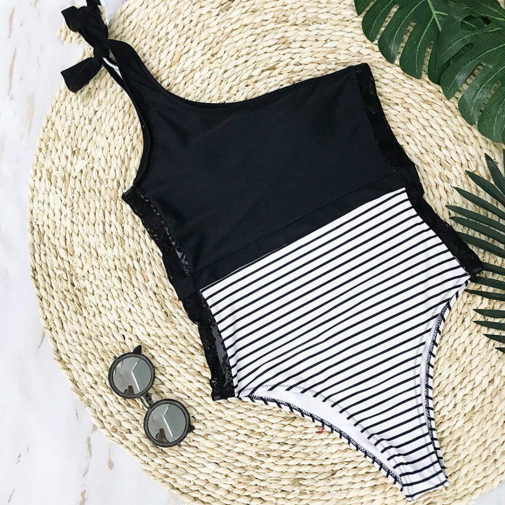 One Shoulder One-piece Swimsuit with lace