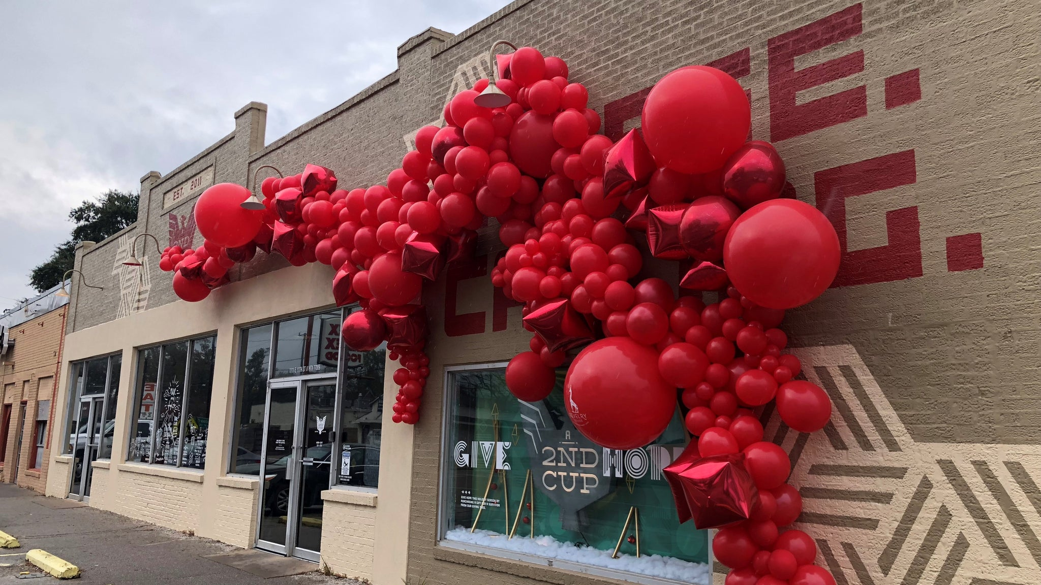 Houston Balloon Installations | Red Balloon Installation
