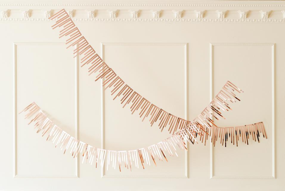 Load image into Gallery viewer, Rose Gold Cascade Paper Garlands