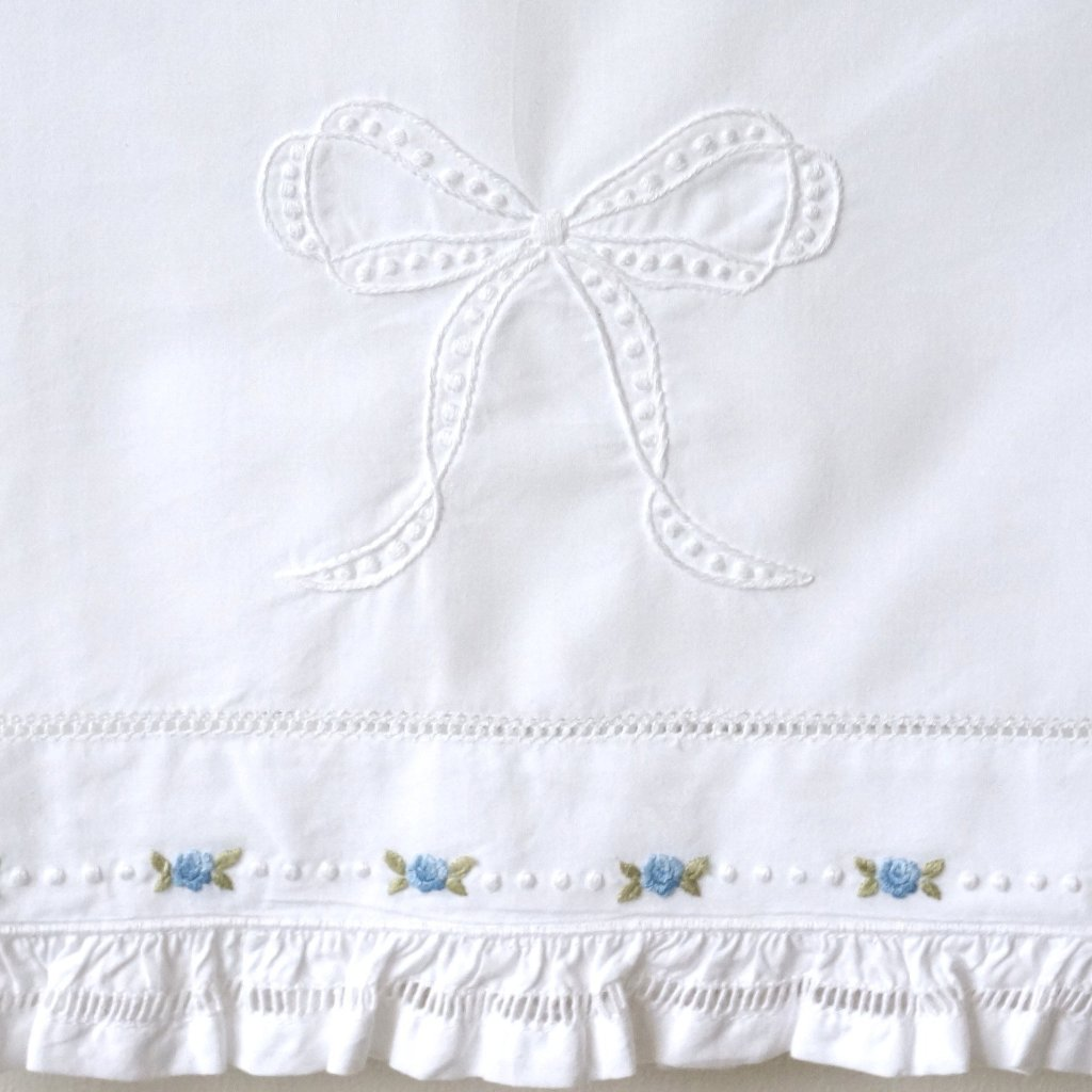 azure rosebud embroidered bassinet sheet set
