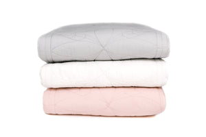 Bonne Mere  King Single quilt and pillow set Chalk