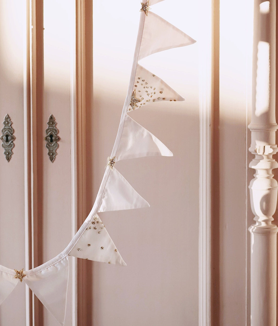 Bonne Mere Powder pink bunting to decorate little girls nursery or room