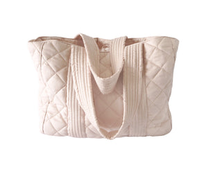 Bonne mere nursing bag for all mothers needs in colour shell pink