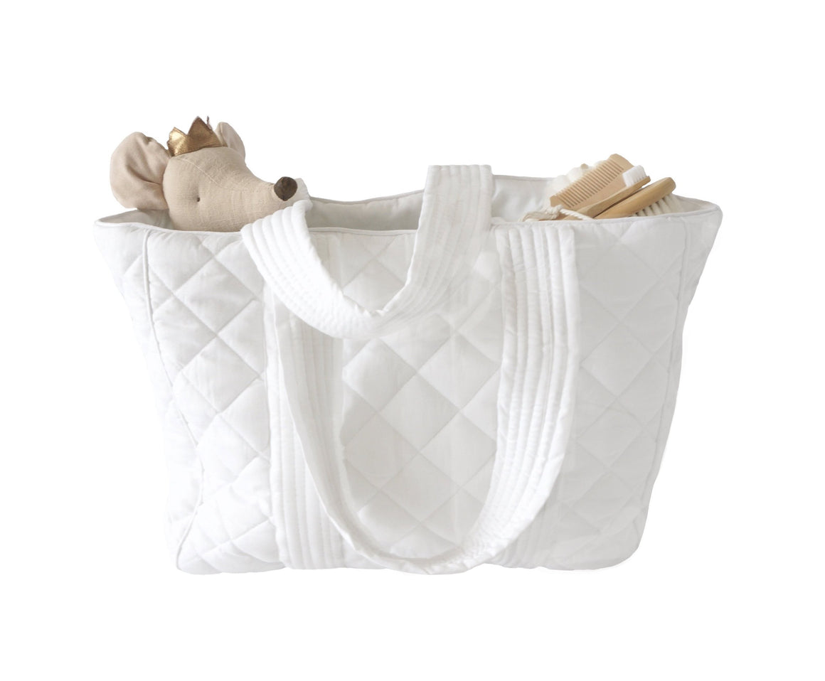Bonne mere nursing bag for all mothers needs in colour white