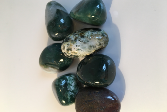 Green Lace Jasper Tumbled Stone