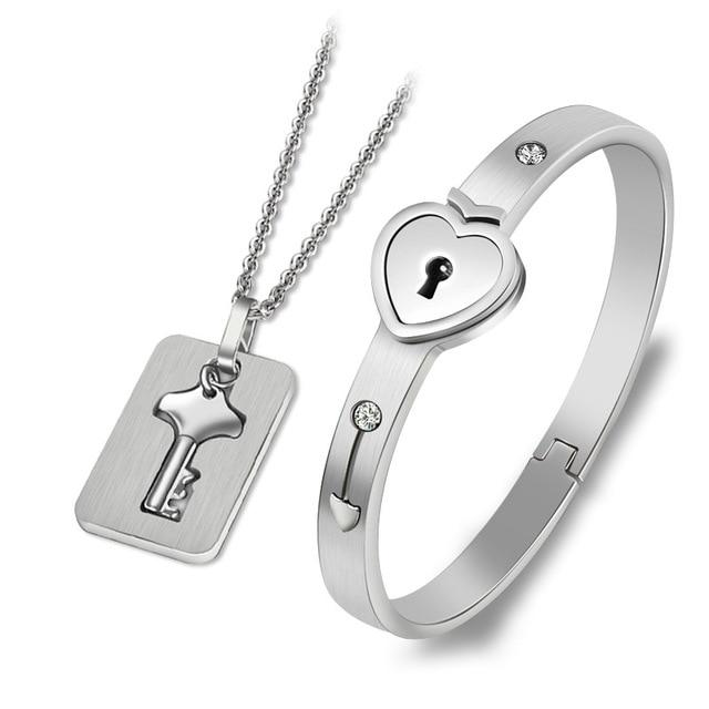 Couples Jewelry Set Love Heart Lock Bracelet Key Pendant Necklace For Lovers - Silver
