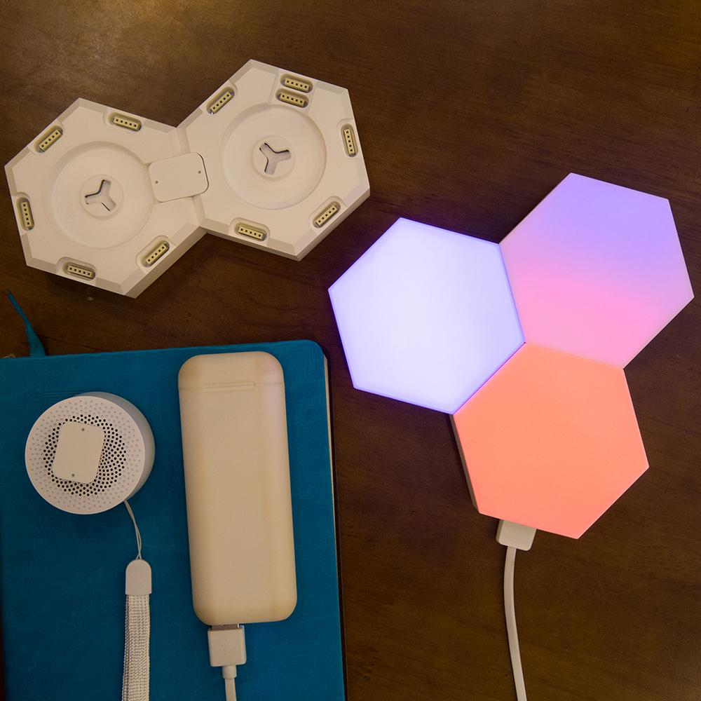 DIY Creative Quantum LED Smart Light - APP Control Modular Smart Lighting Panel - LED Table Lamps