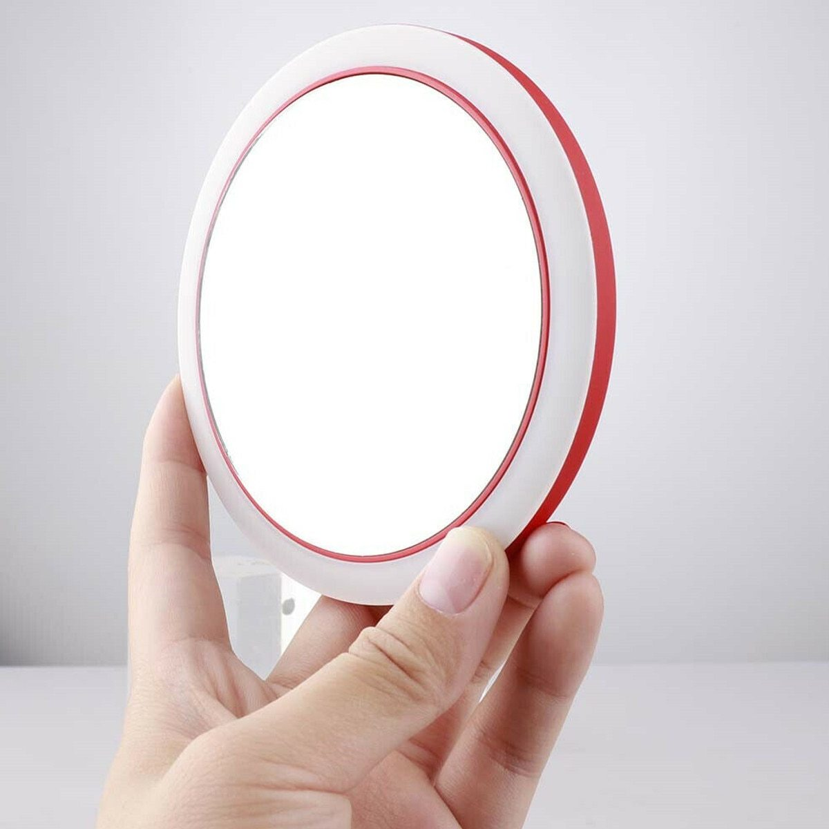 Portable LED Cosmetic Makeup Mirror With Wireless USB Charging - Makeup Mirrors
