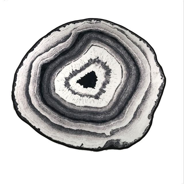 Smooth Crystal Agate Geode Area Rug - Gray / 140 Cm/54 Inch