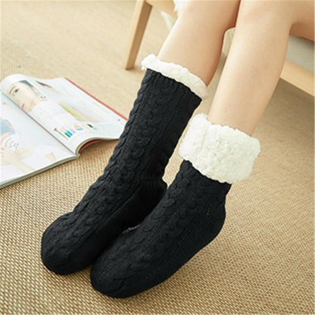 Super Soft Ultra-Plush Wool Non-Slip Thick Warm Slipper Socks - Black - Socks
