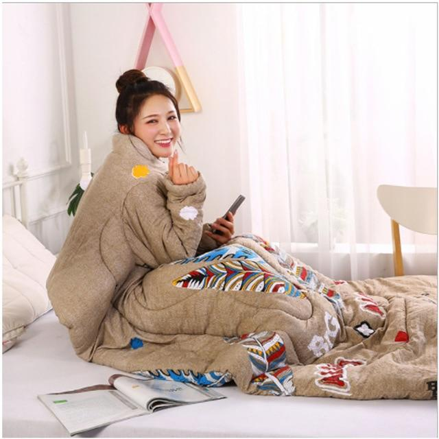Wearablanket - Wearable Winter Lazy Quilt with Sleeves Cozy Blanket - Feather - Comforters & Duvets