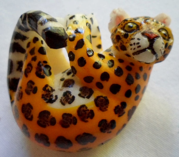 Wounaan Embera Ocelot Cat Tagua Nut Pendant Carving-Panama 20112030mm