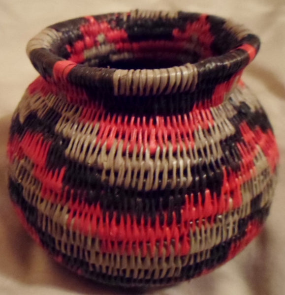 Kuna Indian Hand-Stitched Mola Flask-Panama 20052013mm