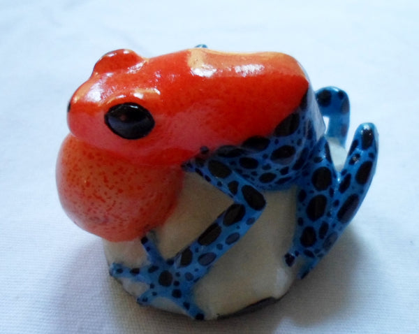 Wounaan Blow Throat Poison Dart Frog Tagua Nut Carving-Panama 20053014mm