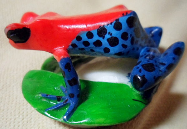 Wounaan Embera Poison Dart Frog Tagua Nut Carving-Panama 19021120mm