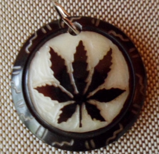 Marijuana Leaf Tagua Nut Pendant Carving-Ecuador 20012403mm