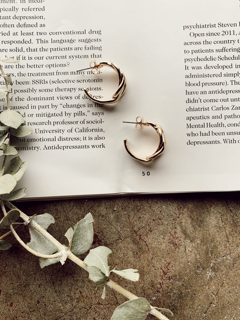 Twist and Tie Hoops