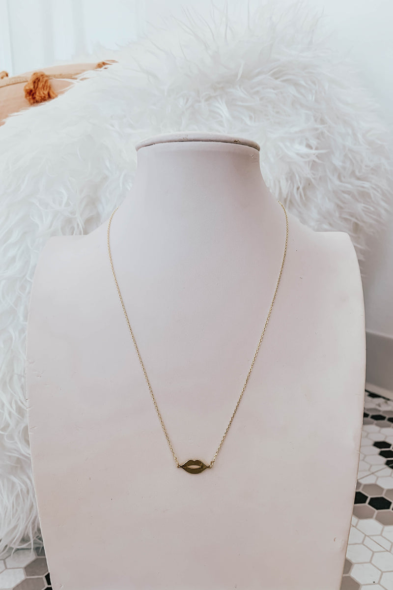 Golden Kiss Necklace