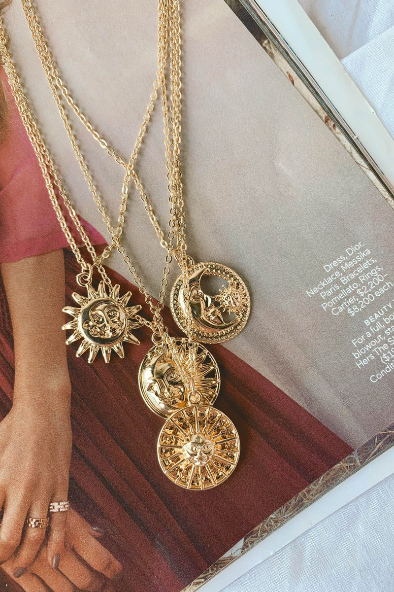 The Sun and The Moon Layering Necklace Set