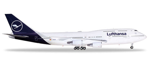 1:200 Lufthansa Boeing 747-400 - new 2018 colours- Ultra Premium Diecast Model