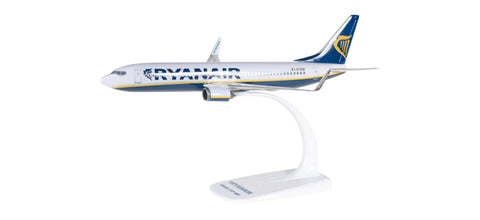 1:200 Ryanair Boeing 737-800 - Snap-Fit