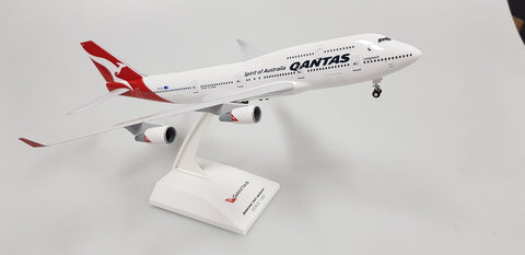"1:200 - Skymarks - B747-400 Qantas ""FINAL FLIGHT"" VH-OEJ"
