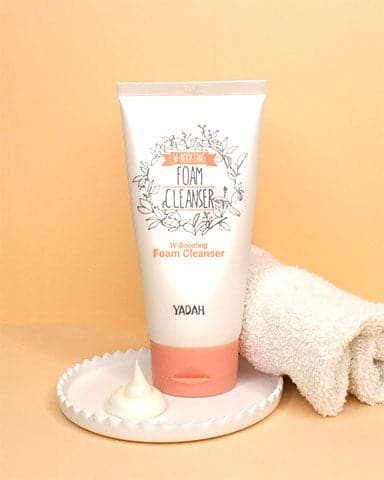 White Boosting Foam Cleanser
