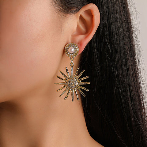 Exaggerated sunflower flower inlaid diamond earrings