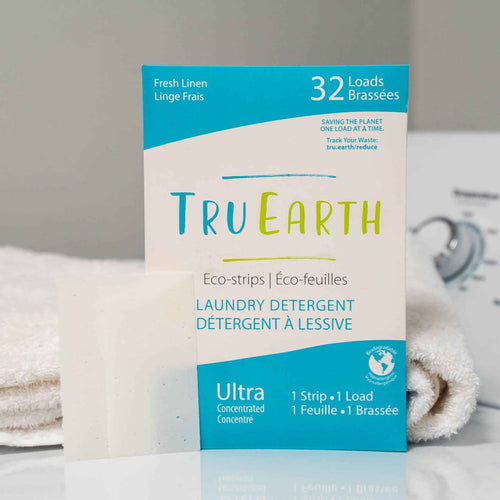 Tru Earth laundry detergent eco-strips, fresh linen, 32 loads of laundry.