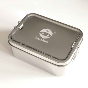 Stainless steel lunchbox with free snackbox included.