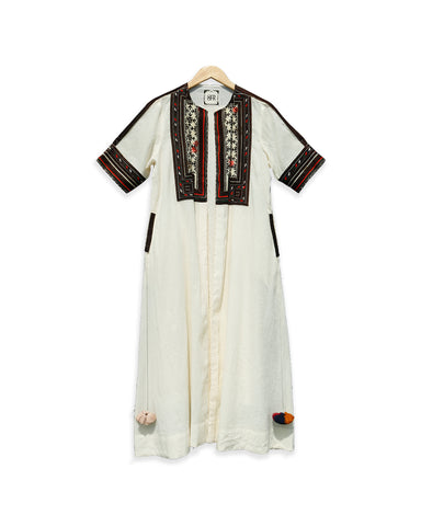 Ease Side Button Mul Kurta