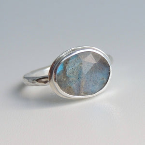 Labradorite Ring Sterling Silver Freeform Rose Cut Gemstone Blue Green Ring Size 7