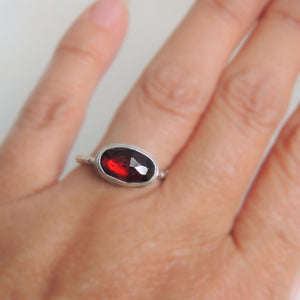 Oval Garnet Ring Sterling Silver Rose Cut Gemstone Jewellery Size 7