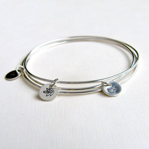 Bangle Sterling Silver with Daisy Stamped Charm
