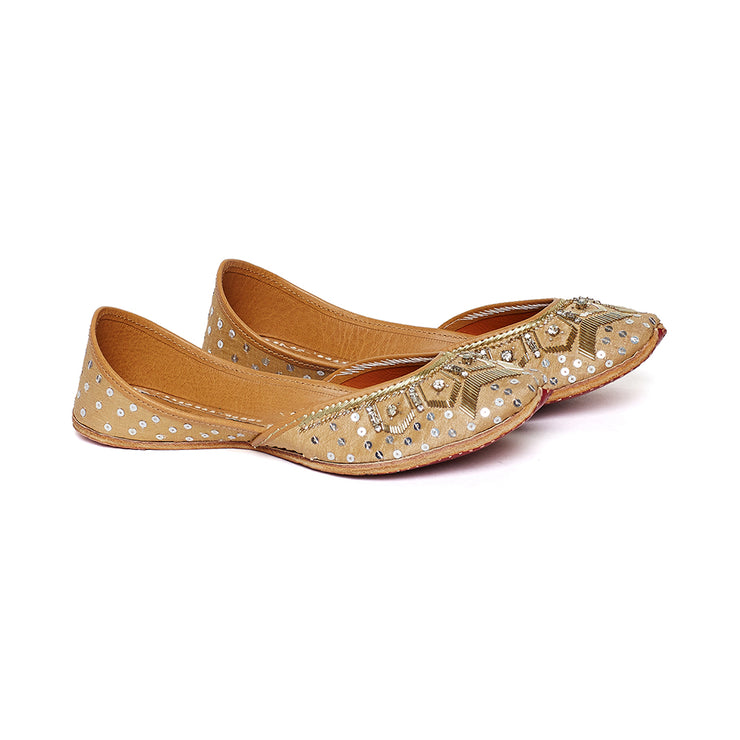 Gold Flake Juttis (MADE TO ORDER)
