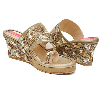 Blossom Treasure Wedge