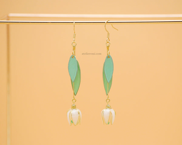 No. J03Y | Snowdrop Earrings (Brass)