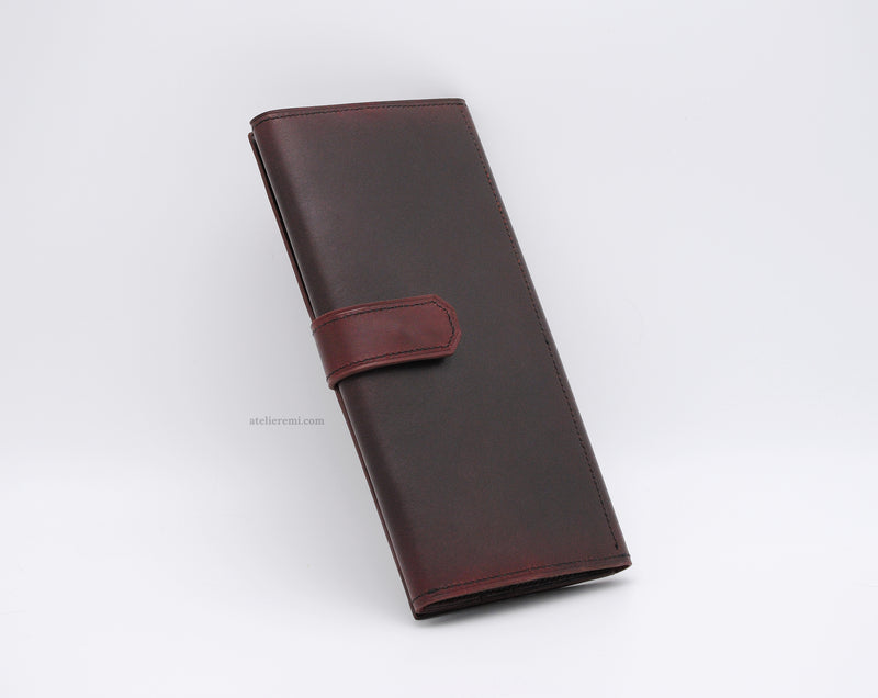 No. W07G | J.J. Traveler's Wallet (Goatskin Lined Interior)