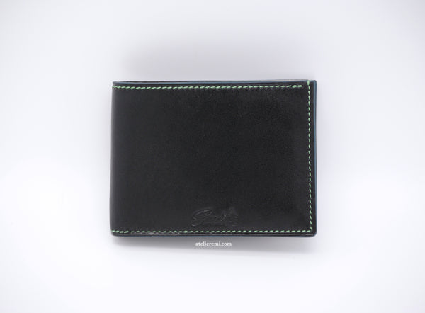No. W01G | Classic Bifold Wallet (Goatskin Lined Interior)