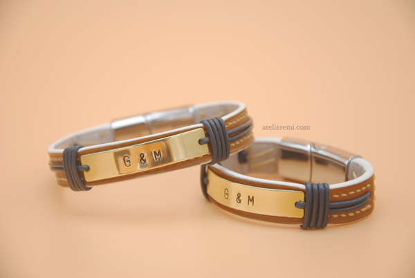 No. B02C | Grace Bracelet Set (Cowhide Lined Interior)