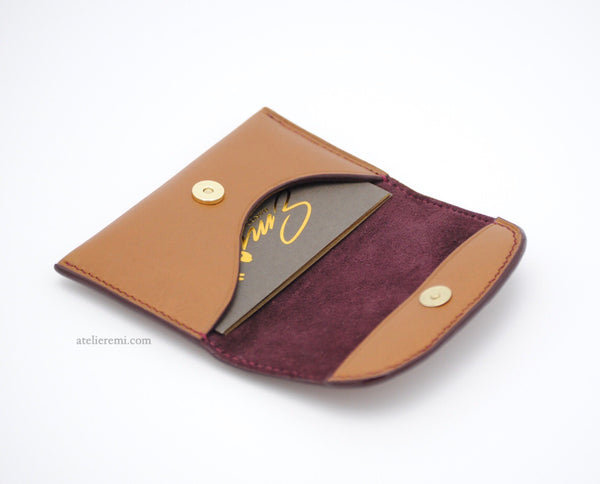No. W04G | Minimalist Card Holder (Goatskin Lined Interior)