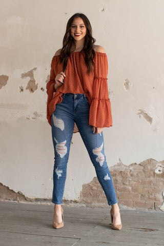 Distressed Stretch Skinny Jeans (CURVY & REG)