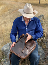 Load image into Gallery viewer, Laptop Bag - Classic - Full Grain Leather