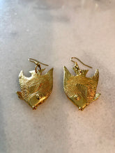 Load image into Gallery viewer, Angel Fish Earring